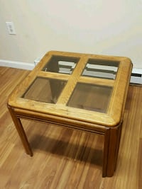 Glass-top Coffee/End Table 22 mi