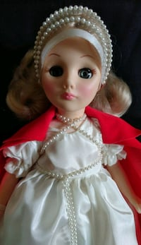 "EFFANBEE Sleeping Beauty doll  12 "" TALL"
