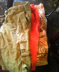 yellow and red cargo shorts Merced, 95340