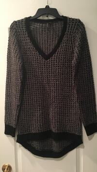 gray and black knit sweater Leesburg, 20175