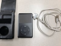 Ipod Classic 80 Gb Excellent Condition Full of 80's and 90's music  Vancouver, V7Y 1K8