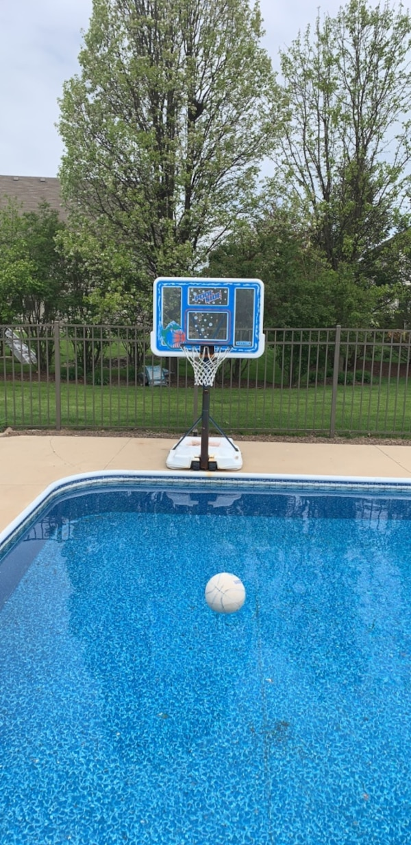 Set of Two Pool Basketball Hoops
