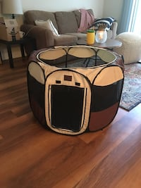 Soft pet crate - perfect condition Washington, 20515