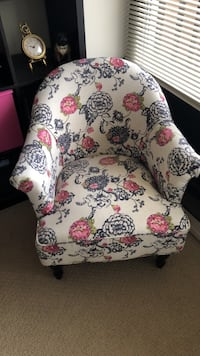 White, red, and green floral sofa chair Chicago, 60601