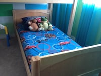 Bunker bed circus theme. Bought at make my bed for over 1500$. Pick up in Cranston Calgary, T3M