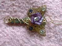 Butterfly key with purple Rose necklace Oreland, 19075
