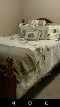 Queen Size Comforter and Sheet Set