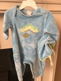 Adorable baby caterpillar outfit Novi, 48374