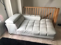 white leather tufted sectional couch Brampton, L6R