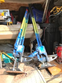 Handy man hi-lift jacks