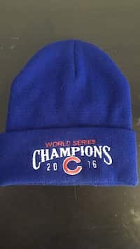 Used blue beanie for sale in Вернон-Хиллс - letgo bffea95d8a3