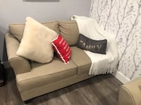 2pc sofa set 6 month old. Pick up only
