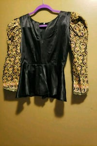 Size 4-6 african/ satin blouse and skirt Laurel, 20707