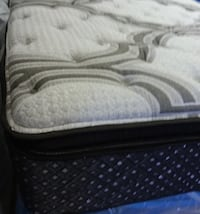 Queen or King Mattress and box springs Nashville
