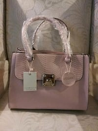 Pink Fo-Leather Hand Bag Palmdale, 93550