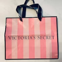 Victoria's Secret Paper Bag Hougang, 530971