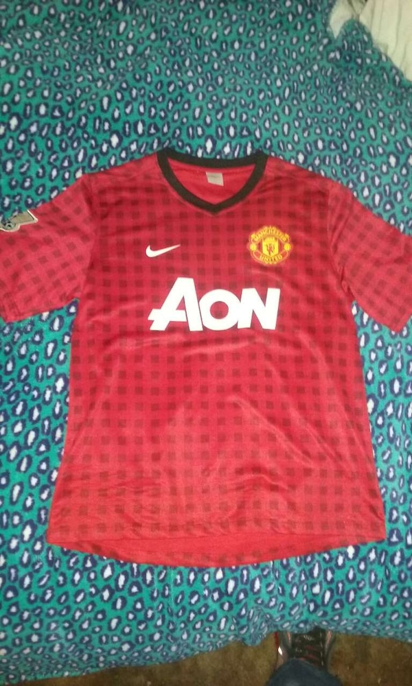 9d019c7c5 Used Manchester United Nike v neck jersey shirt for sale in Covington -  letgo