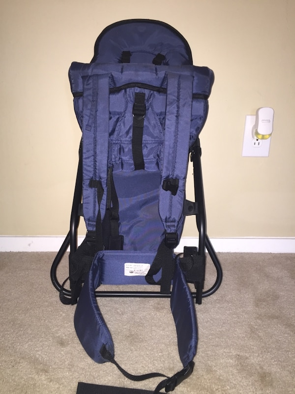Evenflo Hopper Backpack Child Carrier