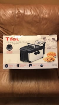 T-fal Family Pro-Fryer New in Box New York, 10009