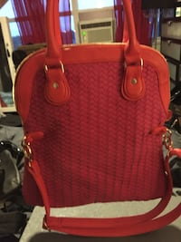 Women's pink two way bag: winners piece