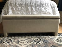 West Elm Bench, Excellent Condition Washington