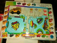 Vintage 70s bus playset w/ puzzle road,signs Middletown