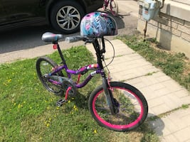 Monster High Kids Bike and matching helmet