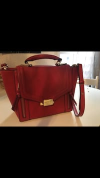 Sac rouge George Rech Toulouse, 31000