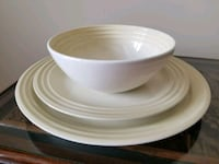 12 pc Le Creuset almond-colored dinnerware set (4  Washington