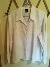 white button-up long-sleeved shirt Keizer, 97303