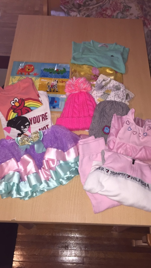 b321a9181c Free Toddler Girl Bundle usado en venta en New York - letgo
