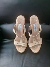 pair of brown leather open-toe sandals Los Angeles, 91402