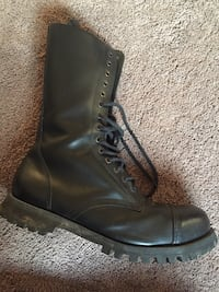 Size 13 men's boots Atwater, 95301