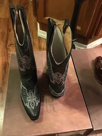Pair of black-and-white leather x-toe cowboy boots Bristol, 37620