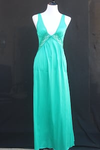 1970s Teal Green Long Poly Gown/Slip/Dress w/Lace Detail at Bust Castaic, 91384