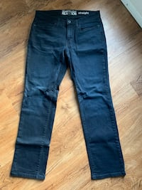 Kenneth Cole Reaction straight / size 30/30 Frederick, 21702