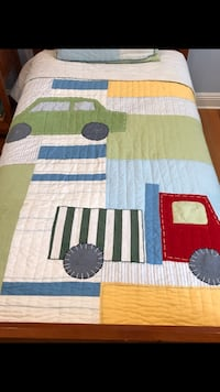 Pottery barn kids twin quilt and sham Mobile, 36609