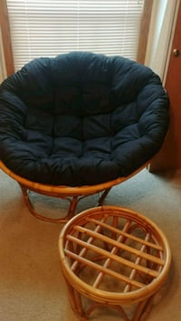 Black Papasan Chair with wooden frame and footrest Des Moines, 50314