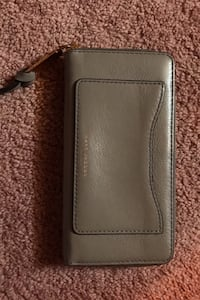 Authentic Marc Jacobs Wallet Toronto