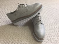 Women casual shoes Mississauga, L5N