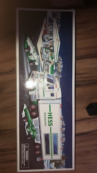 old hess truck  perfect condition Glens Falls, 12801