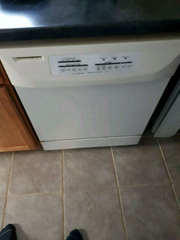 2year old dishwasher still workd perfect