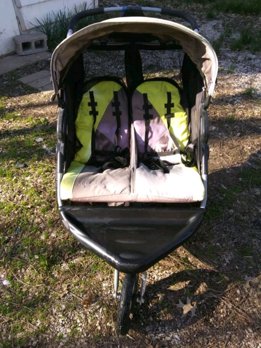 Photo Baby trend double jogging stroller
