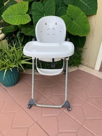 Plastic Infant High Chair  Miami, 33165