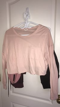 women's brown scoop-neck long sleeve shirt Coquitlam, V3E 2T7