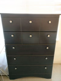 5 drawer dark wood dresser