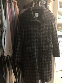 Black snd grey coat great condition looks better  on  Richmond Hill, L4S 2G4