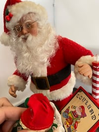 Christmas Santa with Jack-in-the-Box Music Box - 18 Songs Minneapolis, 55406