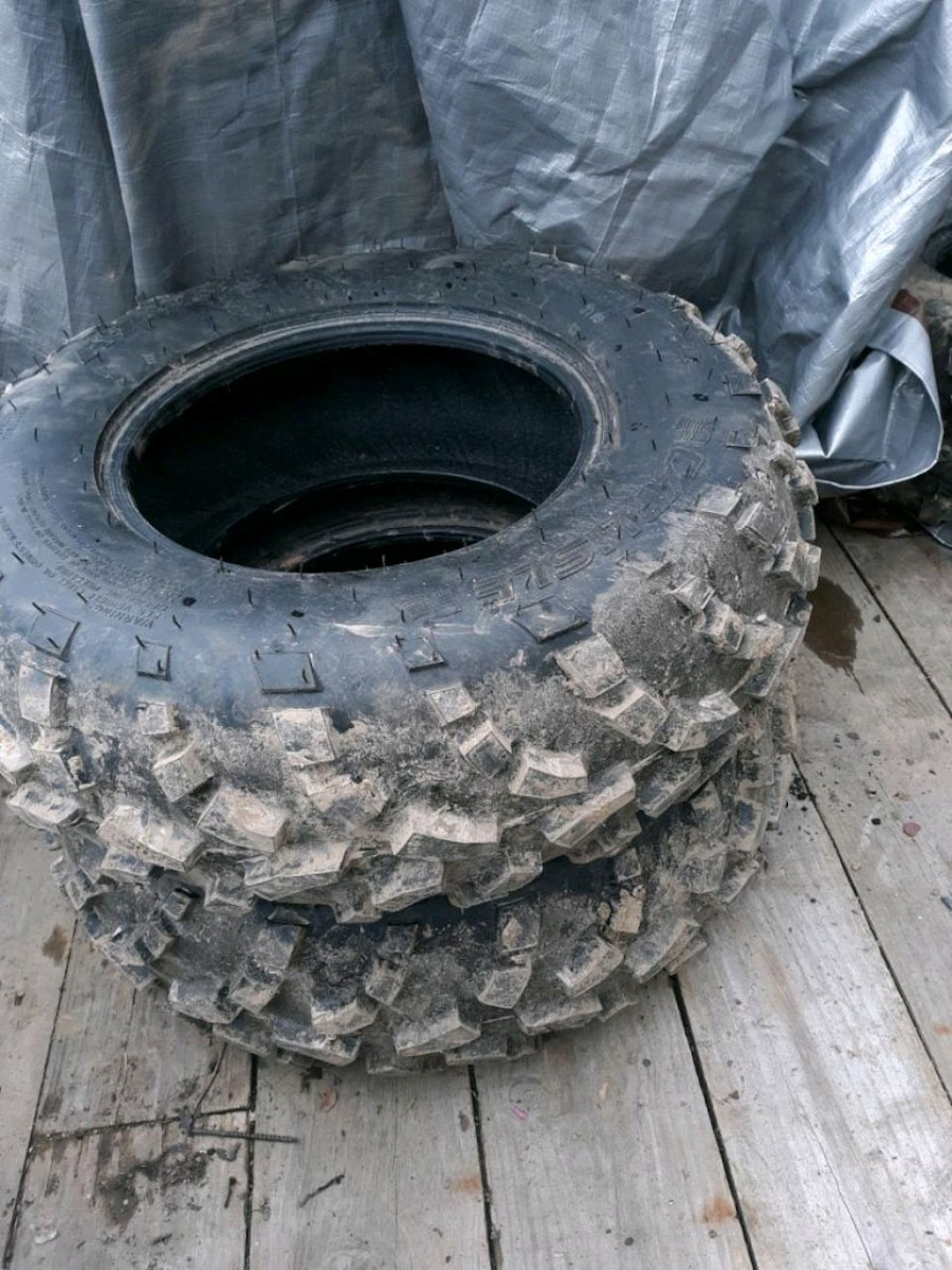 Photo Set of 4 tires for atv