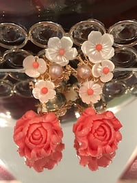 New in box 925 sterling silver REAL PINK CORAL and SHELL flower earring Camarillo, 93012